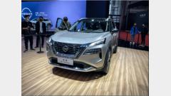 """奔驰超级巨幕、大众光语系统、车界""""安卓"""",上海车展上必看的黑科技"""