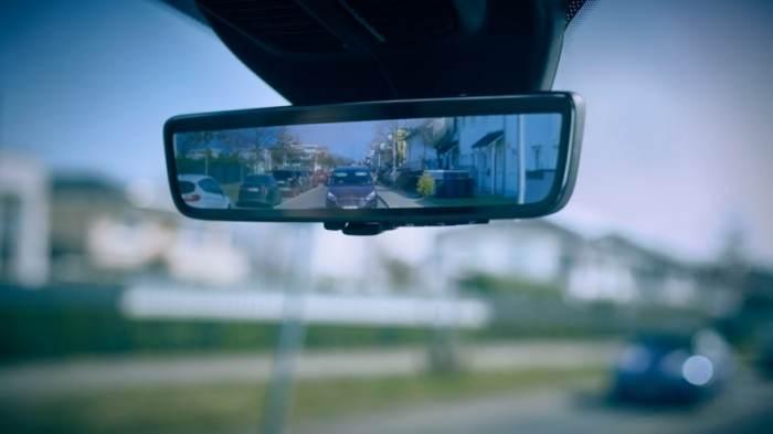 前瞻技术,福特,智能后视镜系统Smart Mirror,全显示屏内后视镜,视野