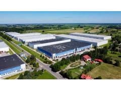 ABB机器人为汽车零部件厂商克康提供柔性弧焊工作站