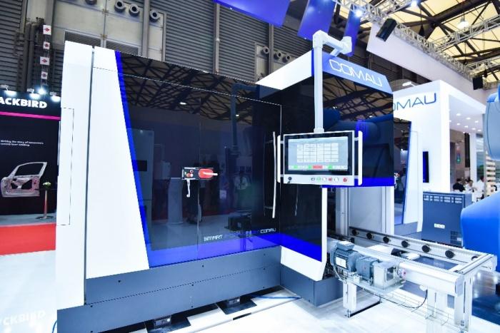 """持续发力""""人机智造"""",柯马集中发布多款汽车制造领域创新产品"""