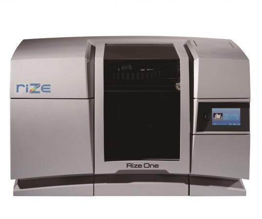 图1 IGI使用Rize One 3D打印机进行仿造和原型制作。该系统使用了Rize的增强沉积技术。所谓增强沉积技术,包括挤压和喷射
