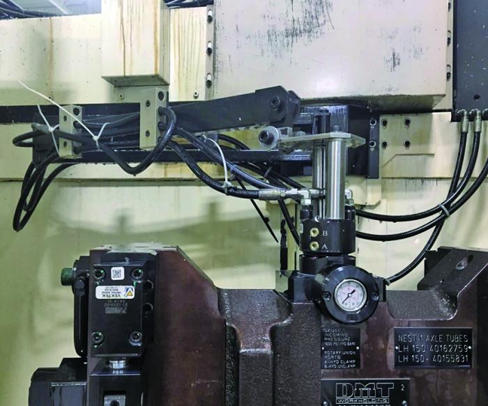 图3  DMT Workholding完成旋转式活接头的制造和集成工作需要花费大量时间。为满足定制CNC机床固定装置的需求量,公司近期提升了加工能力,新增了一个班组