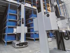高效又快捷的货箱仓储机器人