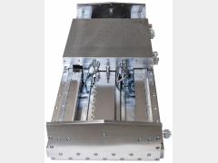 精度、承载力、减振:液体静压导轨+滑块单元