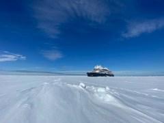 ABB技术助力庞洛极地探险船抵达北极,树立邮轮新标准