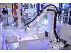 """现代机器人亮相工博会,助力""""智能,互联""""产业发展新方向"""