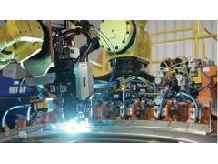 机器人激光飞行焊:如何彰显高效、高速、灵活的焊接