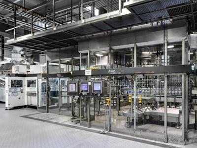 更高效的加工:用于生产PET瓶的数字控制系统